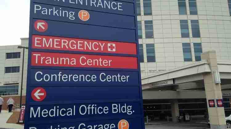 Hospital_Entrance_Directory_sign