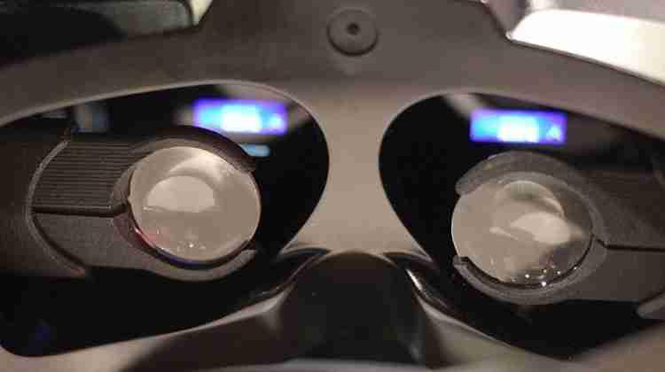 ImmersiON_VRelia_Virtual_Reality_Headset_(16863408325)