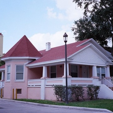 Old_Miami_Home_Lummus_Park_Area_(6923151640)