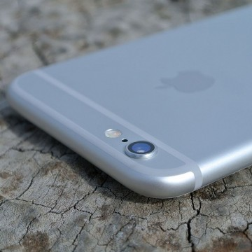 IPhone_6_(back)