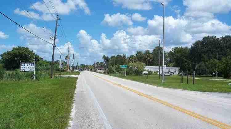 Okeechobee_FL_US_441-98_south01