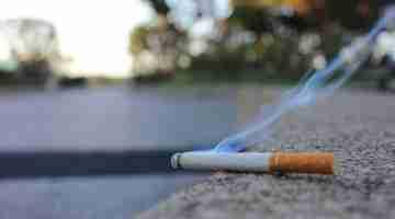 Cigarette_Smoke_(25841960210)