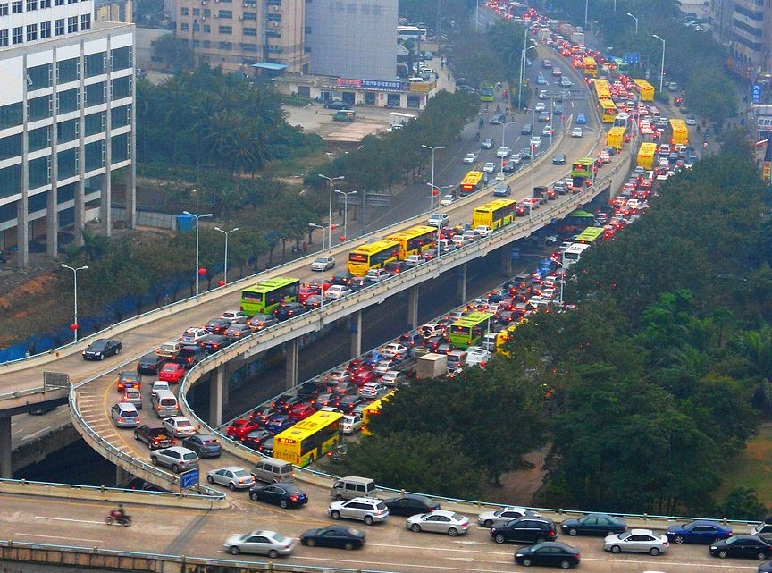Traffic_jam_in_Haikou,_Hainan,_China_01
