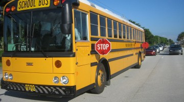 1200px-Thomas_School_Bus_Bus