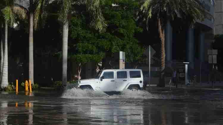 Miami_proper_tidal_flooding_09