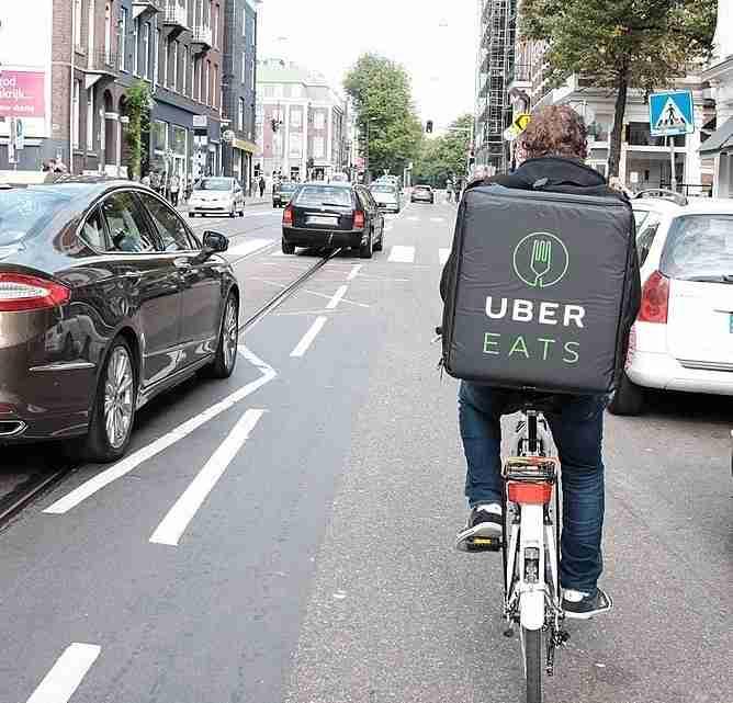 UberEats_in_Amsterdam_(29759890963)