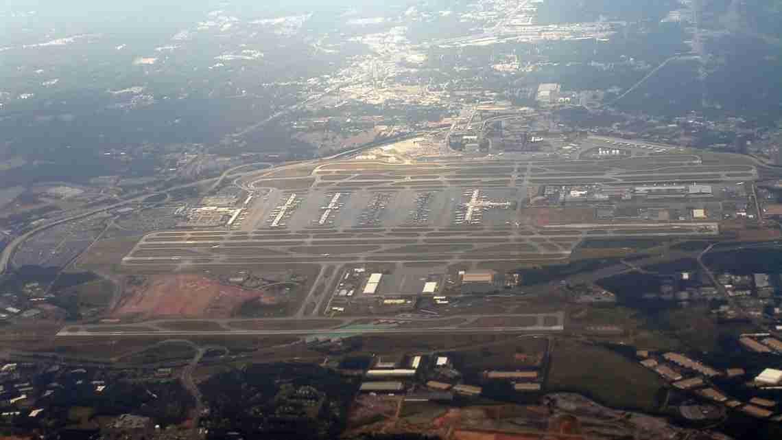 1200px-View_of_Atlanta_Airport