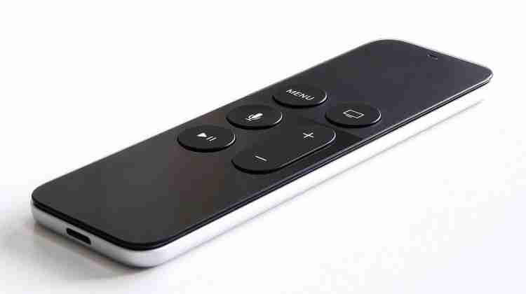Apple_tv_gen_4_remote.jpeg