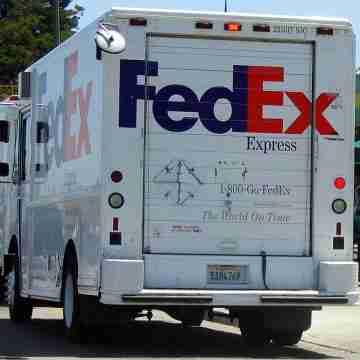 FedEx_truck_2