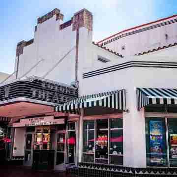 Colony_Theatre_(Miami_Beach)