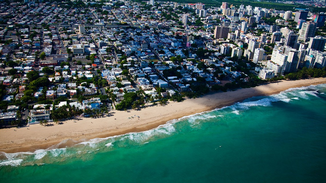 Flying_into_San_Juan-Puerto_Rico