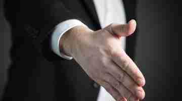 999px-Handshake-2056021