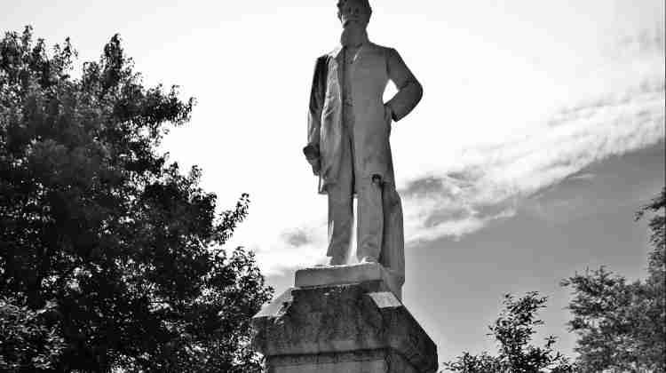 Statue-of-John-Brown