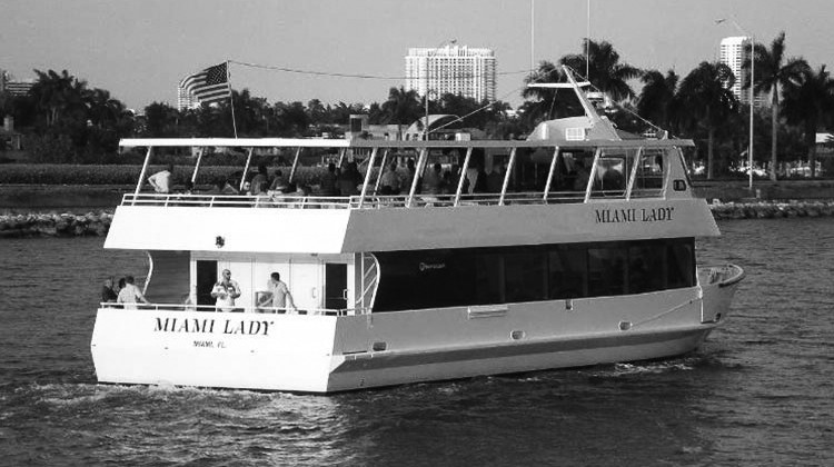 boat-miami-lady-rear-side